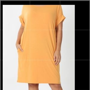Comfy V-neck dress with pockets